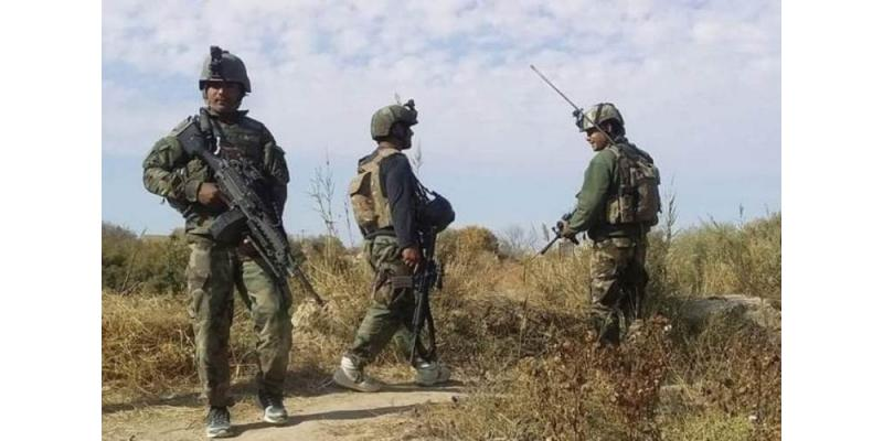 مقتل 8 جنود أفغان في تفجير انتحاري جنوبي البلاد